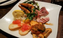 金沢グルメの旅!麺屋大河で黒味噌ラーメン、てきさすカレー