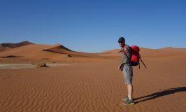 デザート・キャンプで喧嘩と悟りのナミブ砂漠