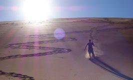 ナミブ砂漠 デッドフレイでマッドマックス怒りのデス・ロード節