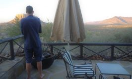 Vingerklip Lodge ワイルドすぎで賞ナミビアのロッジ体験